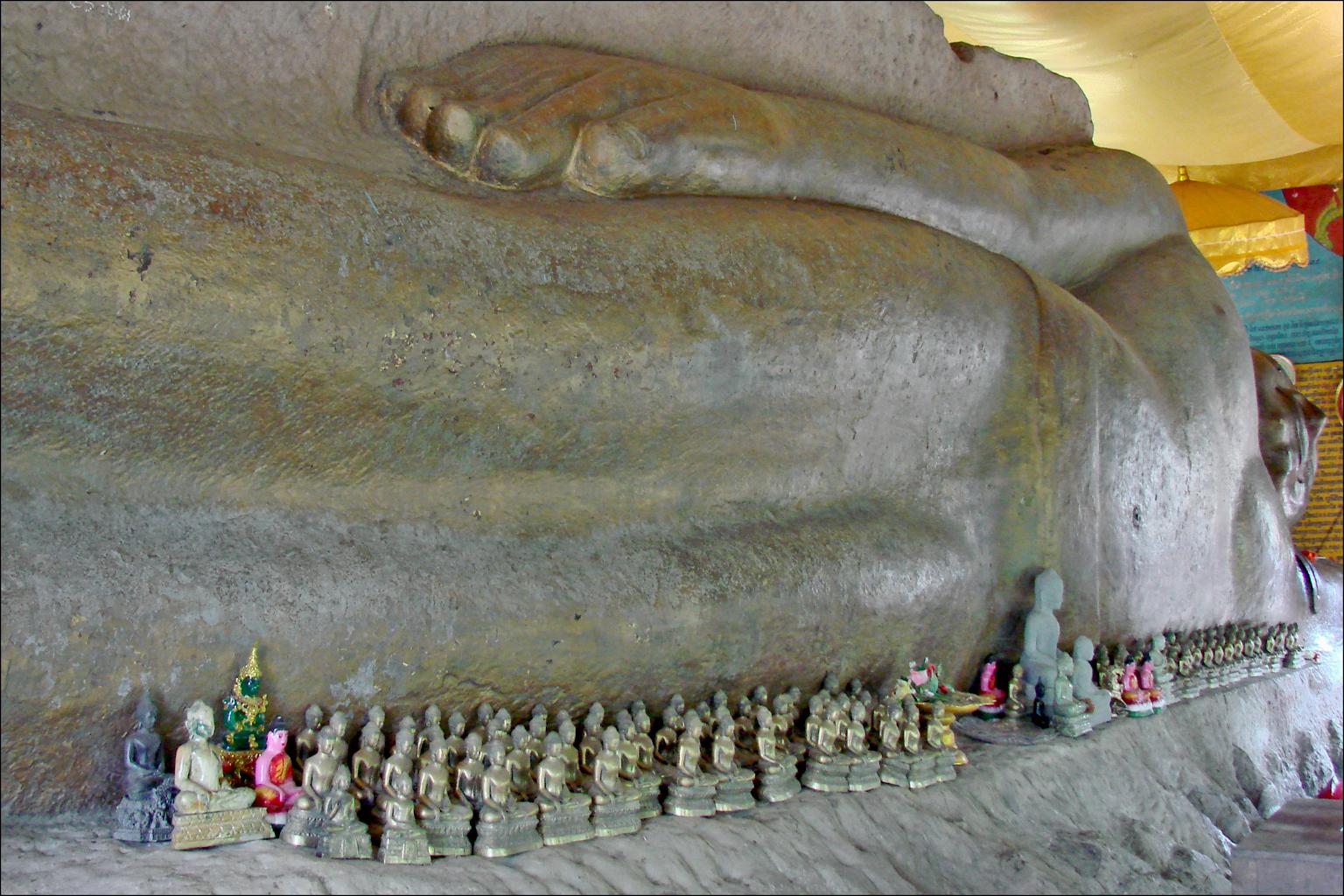 Le Bouddha couché (Phnom Kulen) | Le Phnom Kulen est la mont ...