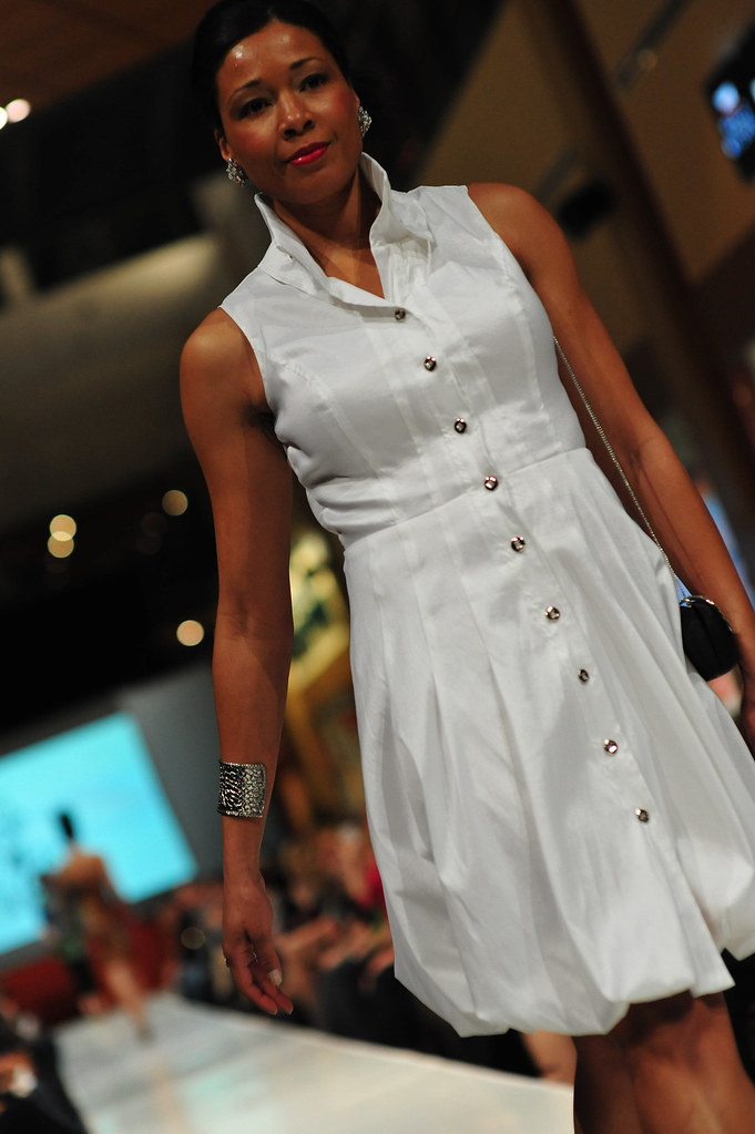 Sands_Fashion_show_Terree_Yeagle052