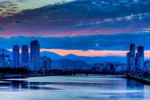blue urban night sunrise asia cloudy dusk hdr ulsan taehwariver
