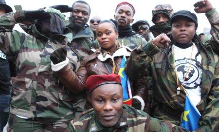 12b18 Jóvenes Congo Kongo Zaire_0022 variante baja