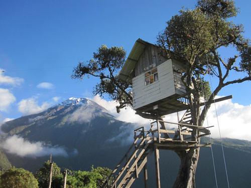 la casa del arbol ba os ecuador explore lostravellers