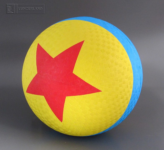 Toy Story Ball : Pixar the luxo ball as seen in virtually all
