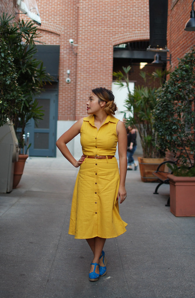 a yellow dress