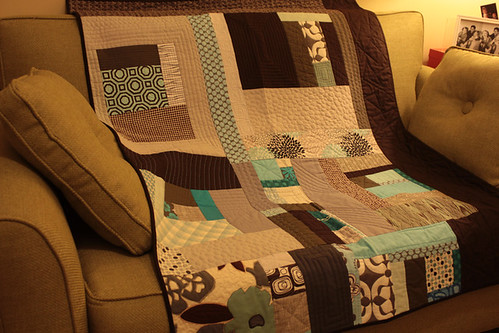 improv quilt finished