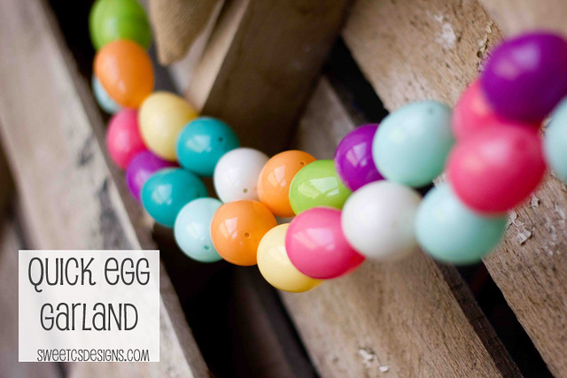 Super simple Easter Egg garland- a fabulous and inexpensive way to welcome spring! #Easter #garland #easteregg