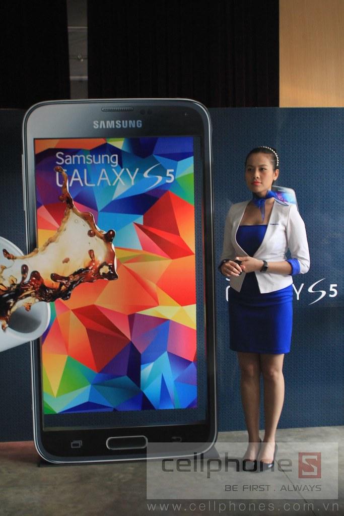 Sforum - Trang thông tin công nghệ mới nhất 13300975753_d5b776cb30_b Hình ảnh buổi Offline: Trải nghiệm Galaxy S5