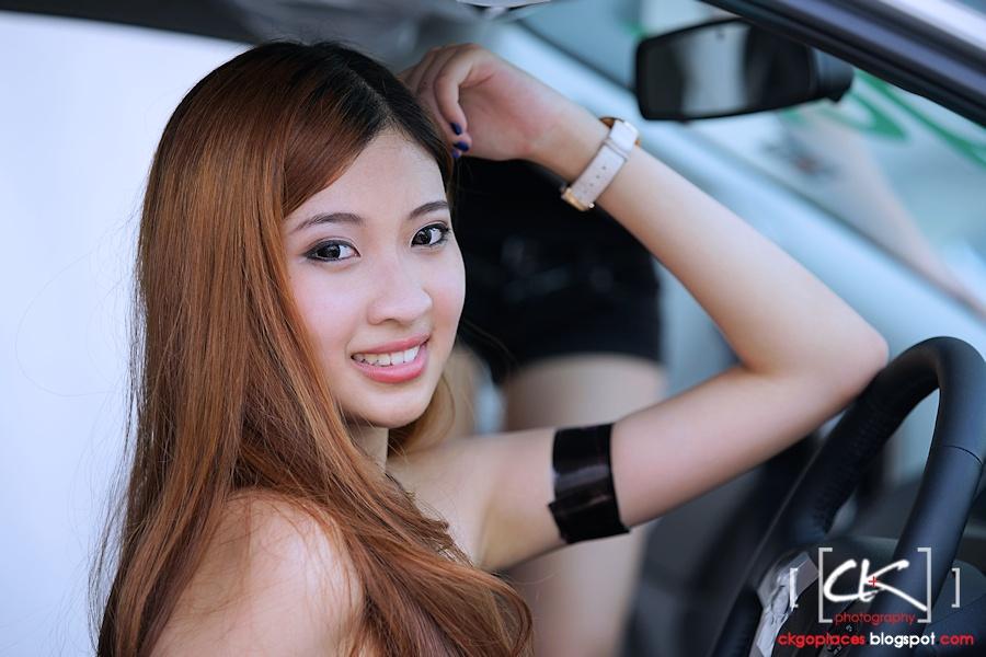 Auto_Show_Girl_06