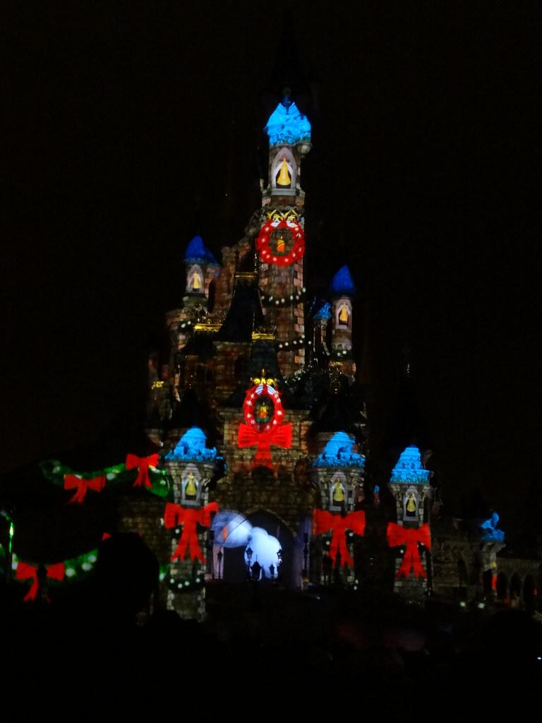 Un séjour pour la Noël à Disneyland et au Royaume d'Arendelle.... - Page 4 13709750693_812f59d3e1_b