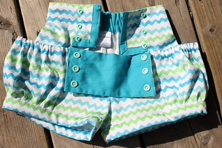 Bubble Shorts with Sailor flap