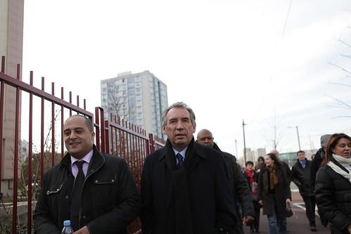 François Bayrou et Karim Yahiaoui lors de son déplacement dans les Hauts de Seine