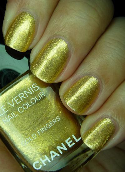 chanelgoldfingers22