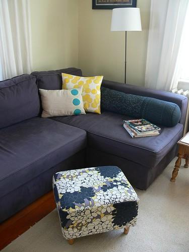 Jenny: Upholstered Ottoman