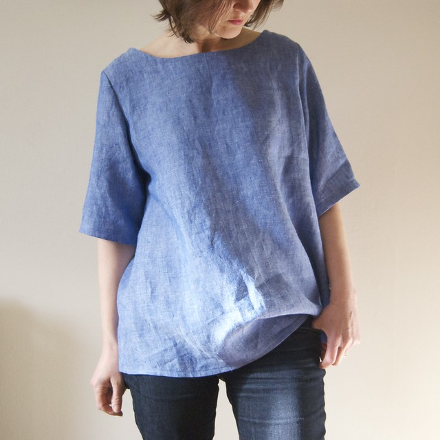 marled blue linen top