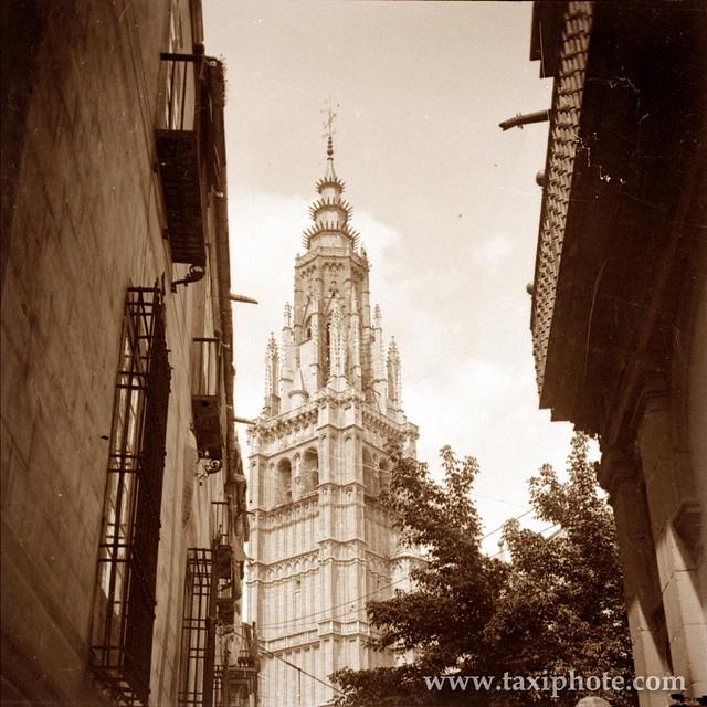 Torre de la Catedral de Toledo en los años 20. Fotografía de José Villar Martelo