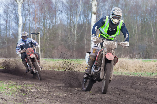 Motorcycle Club MC'80 Organizes Off-Road Ride in Ruinen