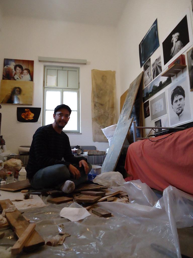 Eric in seinem Studio in Haifa