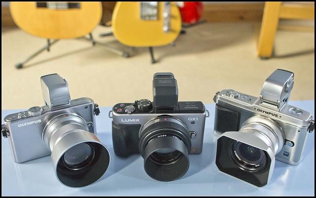 Olympus E-PL3 12mm f/2 45mm f/1.8 Panasonic GX1 20mm f/1.7