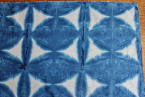 Shibori - using triangle block