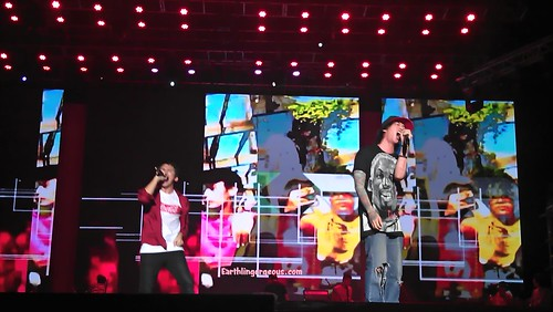 SpongeCola and ChicoSci Concert ng Bayan
