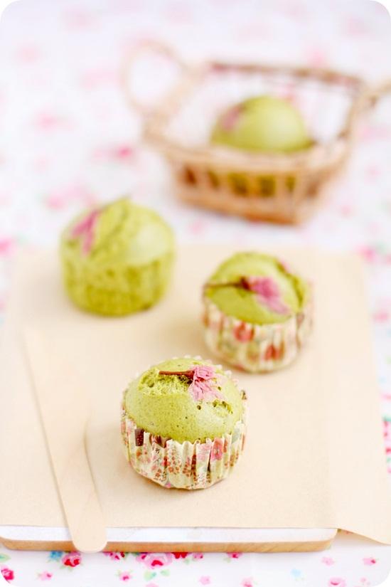 Matcha Sakura Mushipan 抹茶桜蒸しパン