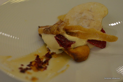 Arras - Vinegar ice cream, black salt fougasse, vegetable and fruit crisps