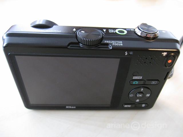 Nikon Coolpix S1200pj-2