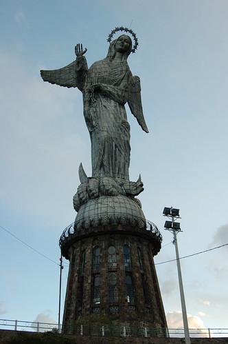 パネシージョの丘の聖母像