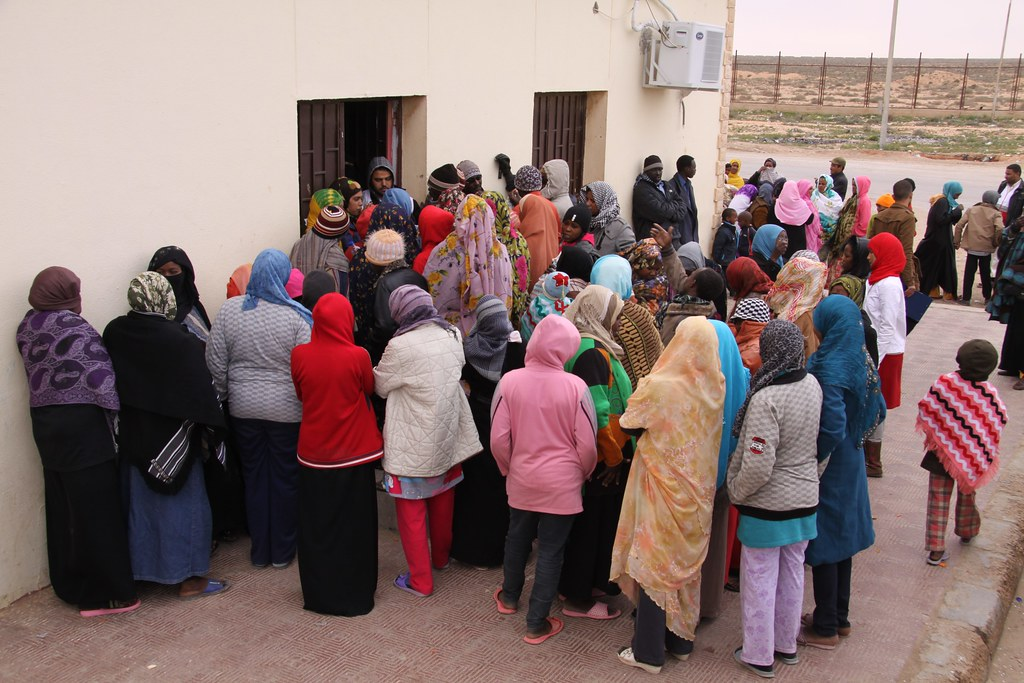 UNHCR News Story: UNHCR works to improve conditions for hundreds at Egyptian border