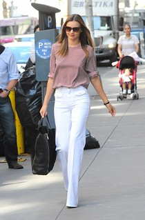 Miranda Kerr White Trousers Celebrity Style Women's Fashion
