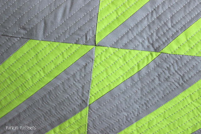 scrappy geometric pillow, detail