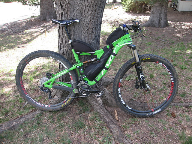 Ben's Pivot with custom frame pack and stock front top tube bag