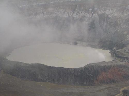 Volcan Poas: tout vient à point à qui sait attendre...