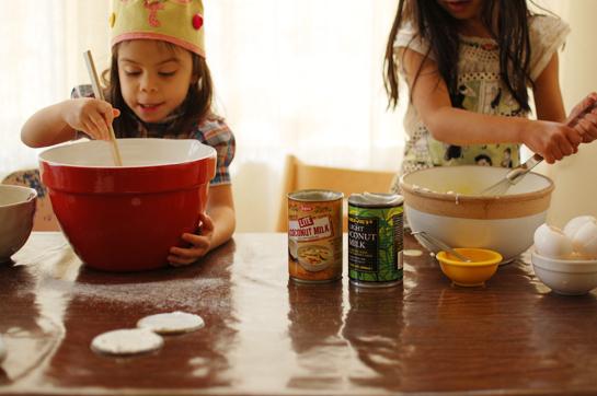 making mochi cake