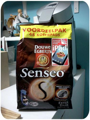 開始喝新咖啡(最後一包了,沒存貨了,有誰最近要從美國回來?) by 南南風_e l a i n e