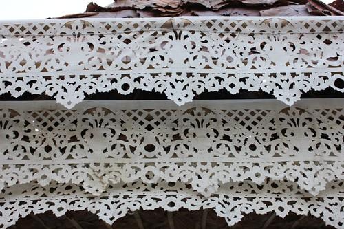 20120121_2124_Wat-Pra-Singh-cutwork-paper