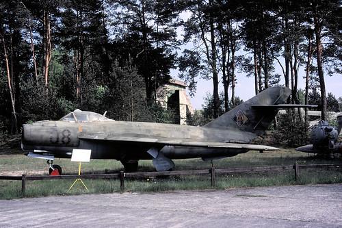 MiG17 08