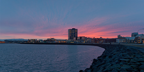 ocean city winter skyline zeiss sunrise 35mm buildings landscape town iceland rocks cityscape reykjavik reykjavík ísland ze 3514 distagon canoneos5dmarkii distagont1435 distagon3514ze