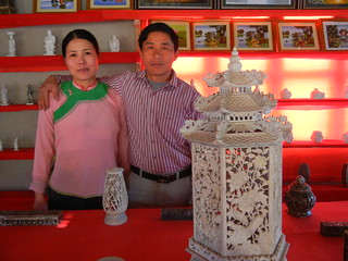 Sapa  Muong Hoa Valley stone carver