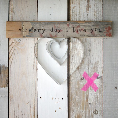 [every day i love you] by wood & wool stool