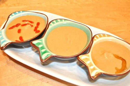 chickpea peanut sauce/ 3 bowls