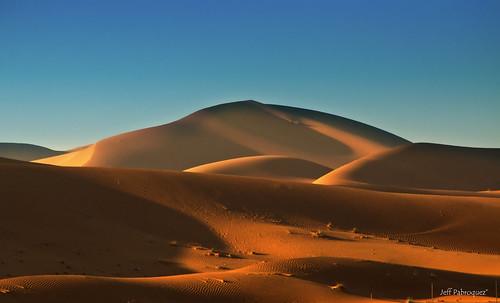 landscape desert dunes uae alain 2011 d90 7003000mmf4056