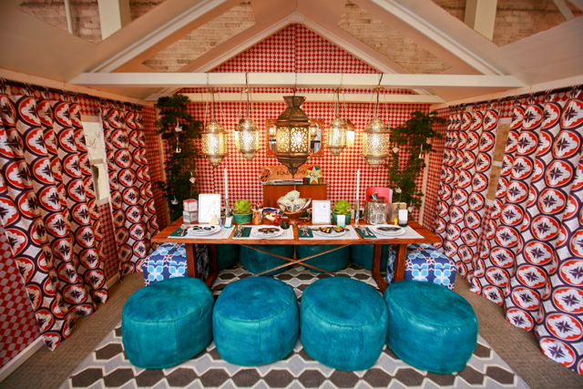6906868575 c60edc1d14 z Always a Feast for the Eyes: DIFFA's Dining by Design