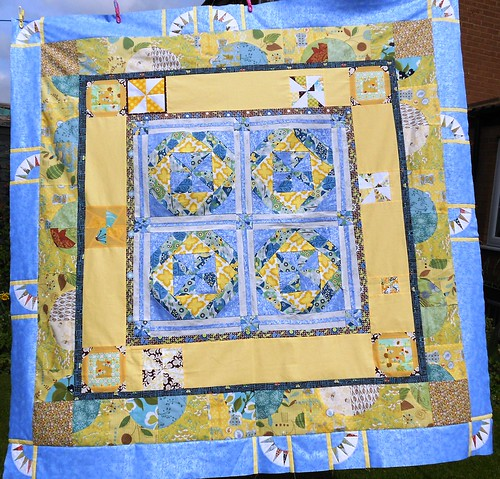 Third round of Nichols quilt by sewjo2009