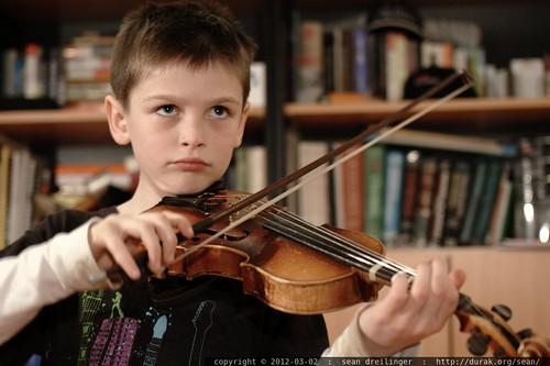 nick practices violin - _MG_9716
