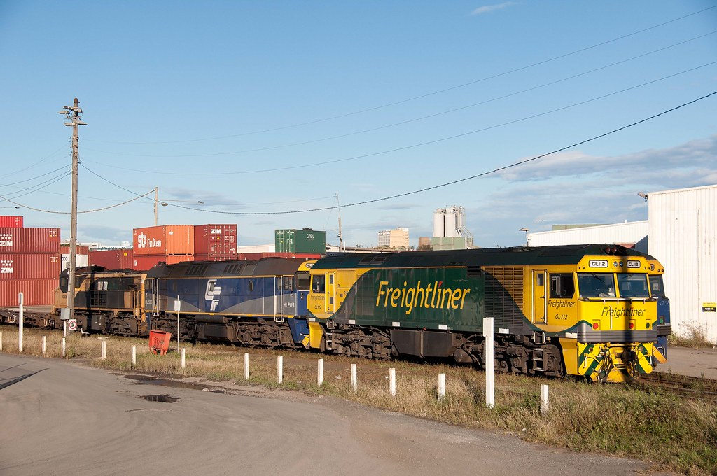 GL112, HL203, 42305 shunt at Port Shipping Container's Terminal, Sydney by John Cowper