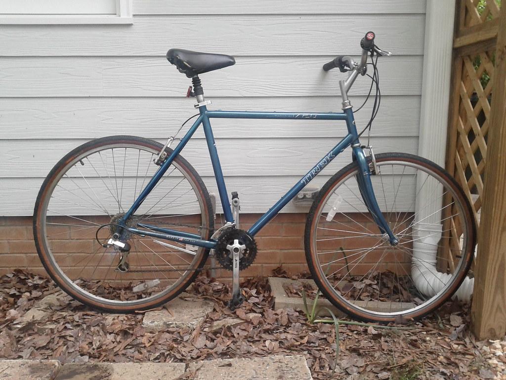 Trek Multitrack 7100 Bike