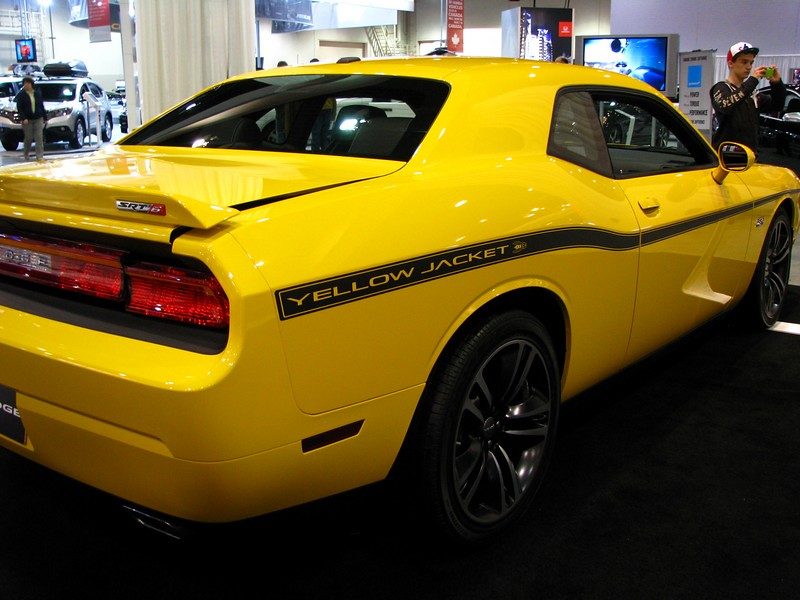 2013 dodge challenger srt8 392 yellow jacket. Cars Review. Best American Auto & Cars Review