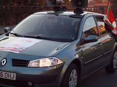 automobile(1.0), automotive exterior(1.0), renault mã©gane renault sport(1.0), family car(1.0), supermini(1.0), vehicle(1.0), subcompact car(1.0), renault mã©gane(1.0), land vehicle(1.0), hatchback(1.0),
