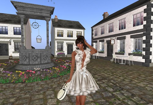 Alchemy Beatriz bag & dress Hunt by Cherokeeh Asteria