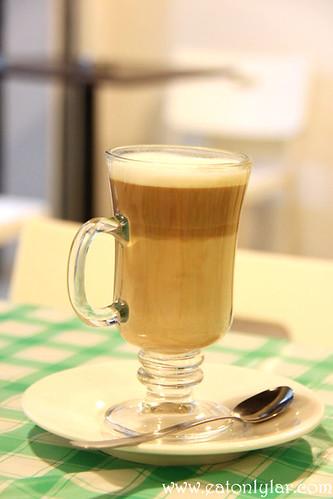 Café Latte, Indulge Café